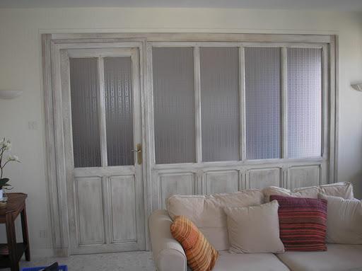 Des id es pour s parer une pi ce sans cloison marie fouillis - Cloison coulissante vitree ...