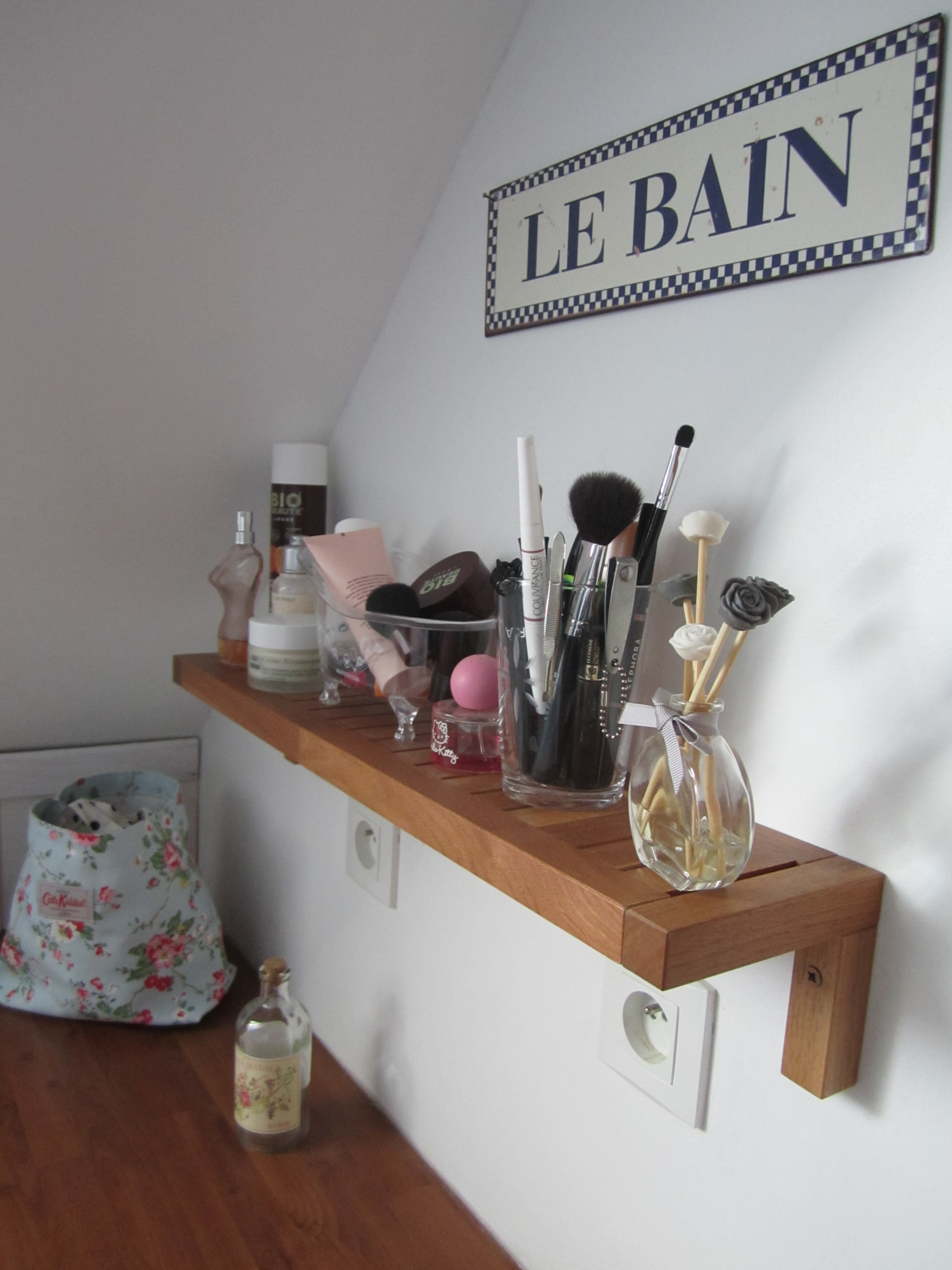salle de bain feminine. deco petite salle de bain photo petite ... - Salle De Bain Feminine